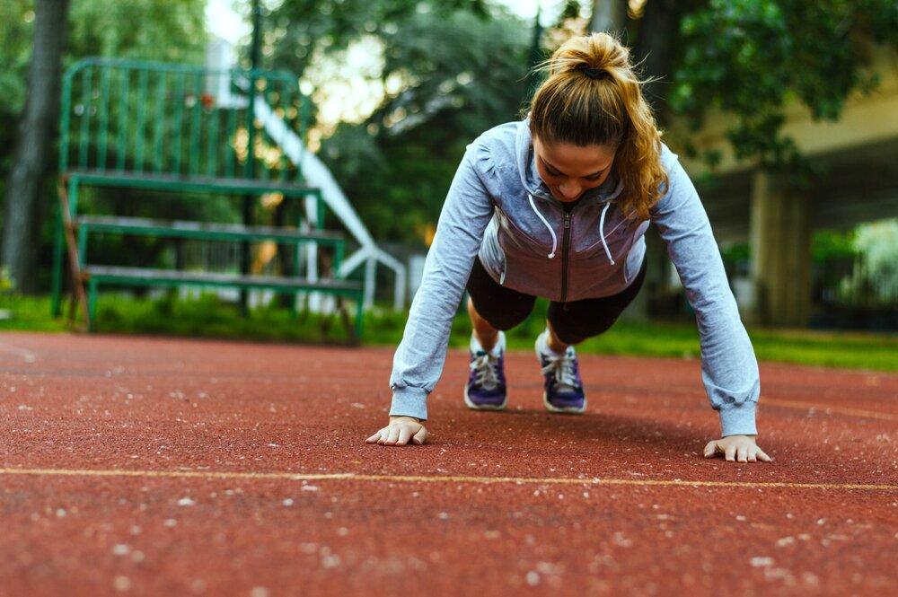 how-to-do-more-pushups-e1511996688153.jpg